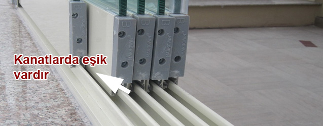 esikli-cam-balkon